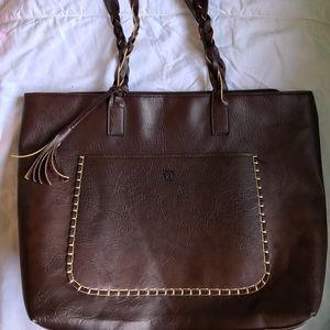 Handbags - EUC brown faux leather shoulder bag